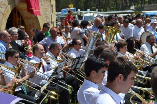 Actuación de integrantes de las Bandas.