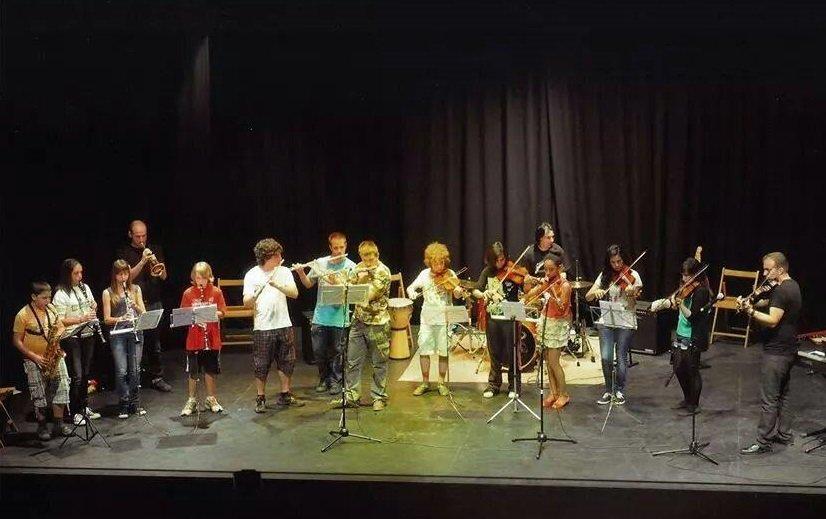 Actuación de los alumnos el pasado año.