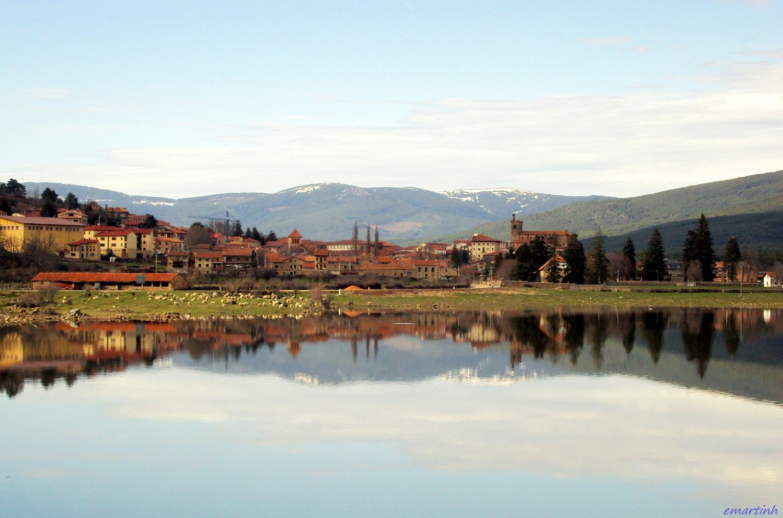 La oficina de turismo de vinuesa atendi a 2693 visitas for Oficina turismo burgos