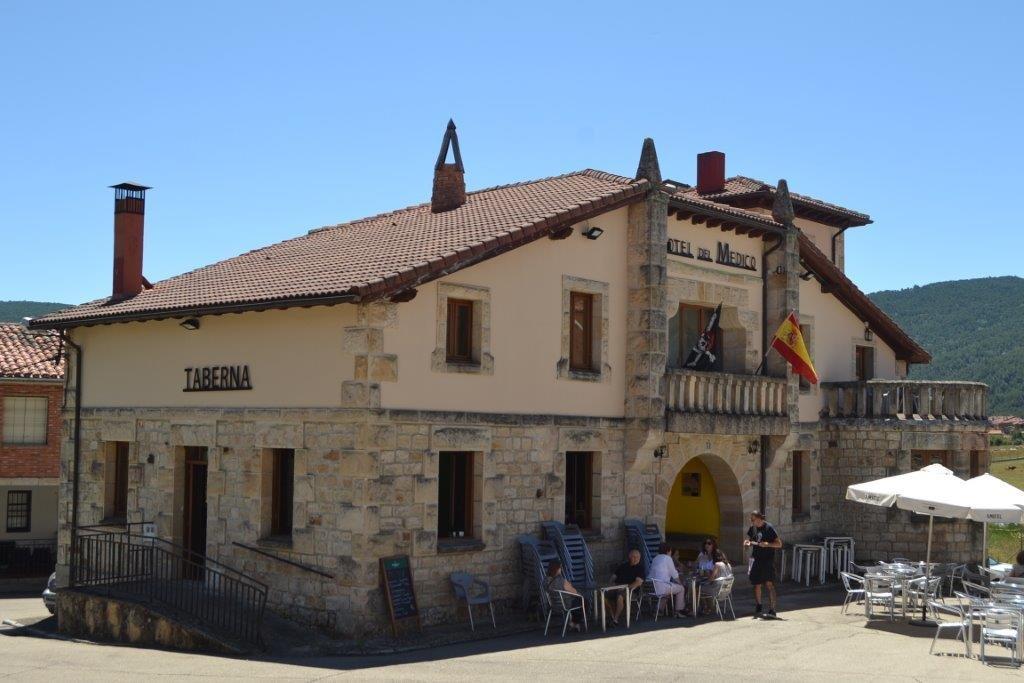 Bendición De Coches Y Camiones En Regumiel De La Sierra Y Apertura Del  Hotel Del Medico