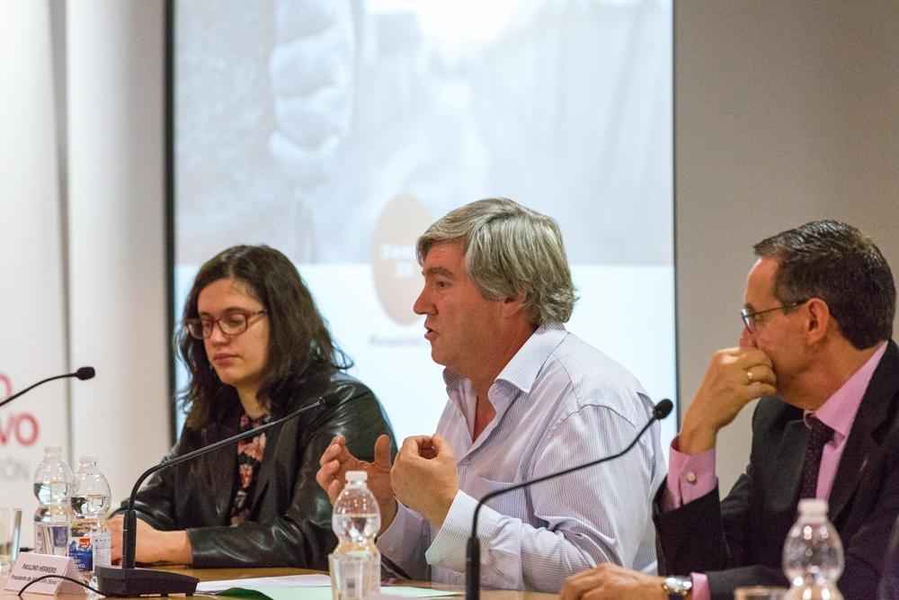 Prioritaria Para Vivienda Alcalde El La Navaleno Fijar Considera De FKTlcJ1