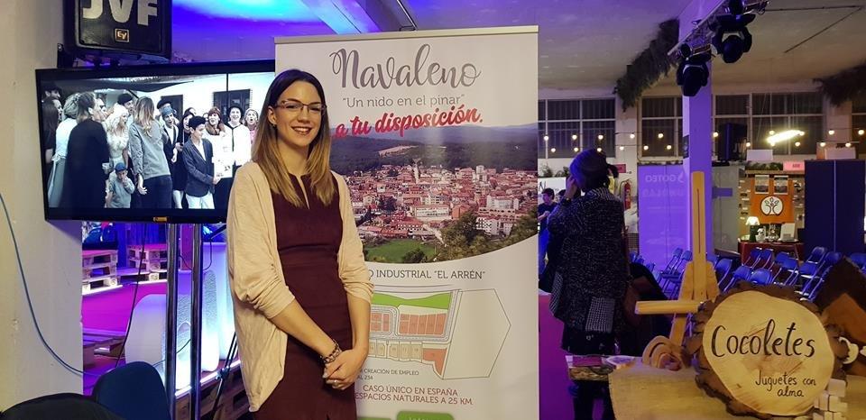 Laura San Juan en el stand de Navaleno en Presura 2018.
